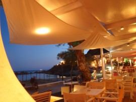 Mylopotas Beach | Cantina del Mar